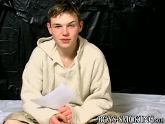 cutest-twink-jeremiah-johnson-self-sucks-in-smoking-solo